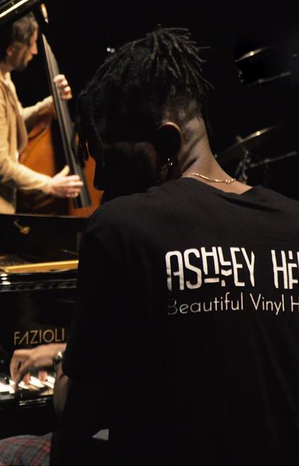 HEMU Jazz Orchestra feat. Ashley Henry